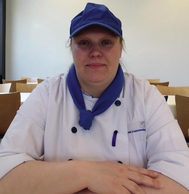 Porttrait einer Frau in Kochmontur