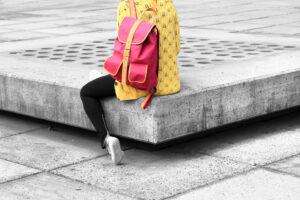 Person mit Rucksack