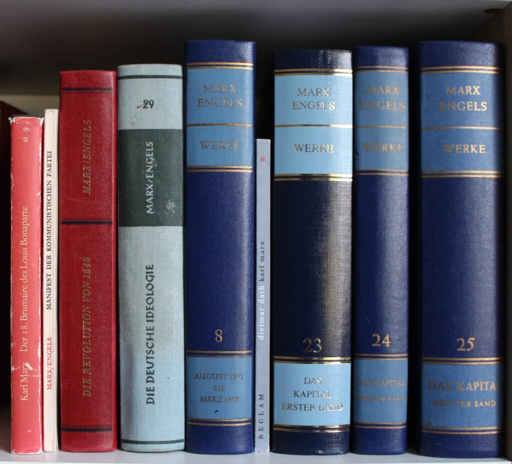 kleine und große Marx-Bücher